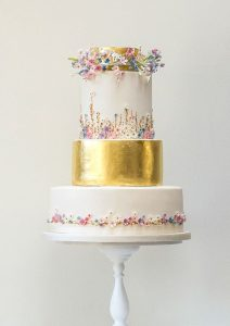 Beautifully Decorated and Delicious Winning Wedding Cakes